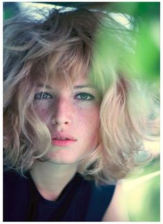 Monica Vitti: extraordinary actress. She has worked with the greatest directors (Michelangelo Antonioni, Mario Monicelli, Ettore Scola...).