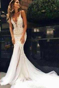 Luxurious Mermaid Long V-neck Wedding Dress with Open Back PH544