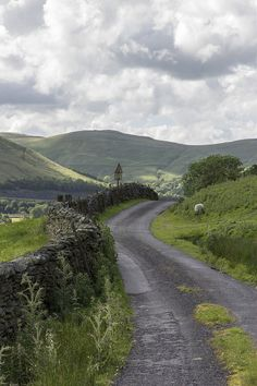 Fairmile Road near Low Carlingill - Cumbria, England by Ministry Cumbria, Lake District, Places To Travel, Places To Visit, British Countryside, Foto Art, Beautiful Landscapes, Wonders Of The World, Provence