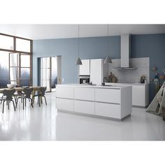 The sort of colourful kitchen that you can change every year without spending a fortune. We ❤️ wall colours ✌️ #kvikkitchen#tintabykvik#kitchen#danishdesign#colours#blue