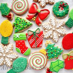 Christmas Cookies (with a full tutorial for the red bow) - by Ali Bee's Bake Shop