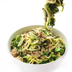 Gluten free and low carb, this pasta recipe is made with zucchini zoodles (noodles), sweet Italian sausage and hearty kale. The replacement of traditional pasta with zucchini noodles makes this entree a healthy and delicious meal. Yummy Pasta Recipes, Kale Recipes, Sausage Recipes, Pork Recipes, Vegetarian Recipes, Cooking Recipes, Healthy Recipes, Medifast Recipes, Skinny Recipes