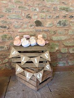 Wedding flip flops - barn wedding- Wedderburn Barns