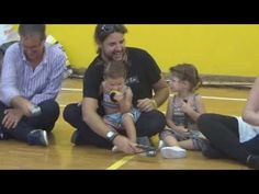 Obwisana - Canto africano - PEDAGOVILA - YouTube Youtube, Learning Music, Wrestling, Children, Music Ed, Music Is Life, Vases, Primary Music, Music Therapy