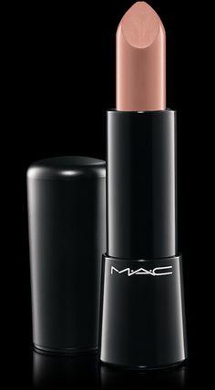 MAC Cosmetics: Mineralize Rich Lipstick in Luxe Naturale / Pour un effet nude, j'adore et il va bien aux blondes :)