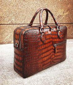 Alligator Briefcase, Alligator Crossbody Laptop Business Bag for Men Briefcase Women, Leather Briefcase, Big Bags, Leather Accessories, Laptop Bag, Fashion Handbags, Luggage Bags, Leather Men, Leather Handbags