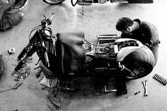 【取材】ソーシャルとWebを使いこなして世界に発信。ハーレーカスタムの『BAD LAND』 - 前編 - LAWRENCE(ロレンス) - Motorcycle x Cars + α = Your Life.