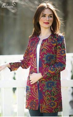 Modest Fashion, Hijab Fashion, Fashion Dresses, Long Dress Design, Shrug For Dresses, Stitching Dresses, Iranian Women Fashion, Batik Fashion, Party Wear Dresses