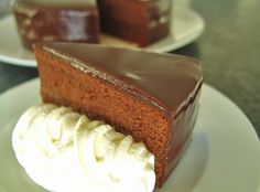 Sachertorte Vanilla Cake, Sweet Treats, Cheesecake, Cupcakes, Recipes, Food, Muffins, Sweet Desserts, Chocolate