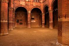 Palazzo pubblico, il Cortile del Potestà. Foto di Filippo Marroni su http://www.flickr.com/photos/filomarr/4902488792
