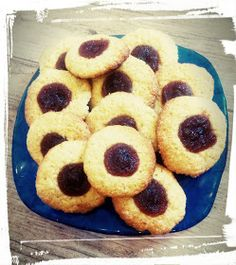 ciastka z kaszy manny Food Cakes, Cake Cookies, Doughnut, Cake Recipes, Sweet Tooth, Food And Drink, Menu, Sweets, Cooking