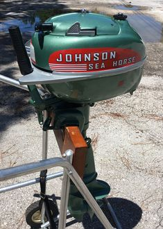 Vintage Evinrude Classic Johnson Antique Mercury Outboards For Sale Old Boats, Small Boats, Yacht Design, Boat Design, Old Town Canoe, Canoe Trip, Boat Motors For Sale, Power Boats, Speed Boats