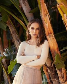 Nathalie Portman for Marie Claire France Natalie Portman, Jonathan Safran Foer, Xavier Dolan, Camilla, Benjamin Millepied, Marie Claire France, Danielle Panabaker, Prettiest Actresses, Beautiful Actresses