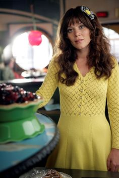 "Style Icon: Charlotte ""Chuck"" Charles from Pushing Daisies"