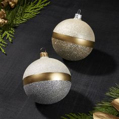 Shop Selina Ball with Glitter Ornaments. Magically simple, these gold and silver ball ornaments coat each end with a different tone of glitter for contemporary sparkle. Luxury Christmas Decor, Colorful Christmas Decorations, Christmas Interiors, Christmas Tree Themes, Glitter Ornaments, Christmas Ornament Crafts, Christmas Tree Ornaments, Christmas Crafts, Ball Ornaments