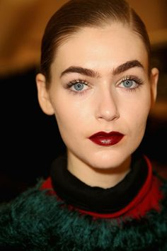 The Overlined Bold Lips Obsession | Hairstyles