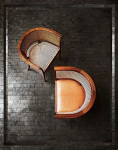 """Vintage Interior Design The iconic """"Faaborg""""-chair from the Danish designer, Kaare Klint."""