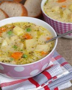 Milk soup with vegetables (Diet foods) Cookbook Recipes, Soup Recipes, Diet Recipes, Healthy Recipes, Fish Dishes, Seafood Dishes, Tasty Dishes, Protein Shake Diet, Protein Shake Recipes