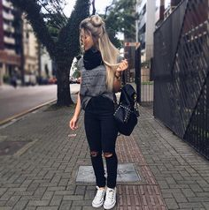 21 Pretty Winter Outfits You Can Wear on Repeat Casual Outfits, Cute Outfits, Fashion Outfits, Womens Fashion, Fashion 2017, Casual Pants, Fashion News, Mode Bollywood, Look Office