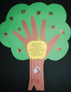 great site for activity/craft ideas at school! Wish I had seen these Johnny Appleseed activities earlier!