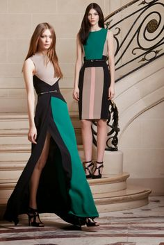 ELIE SAAB is delighted to present the Pre-Fall 2014 Collection. The collection celebrates the contemporary elegance of the ELIE SAAB woman, reviving a. Love Fashion, High Fashion, Fashion Show, Fashion Design, Couture Mode, Couture Fashion, Elie Saab Fall, Dress To Impress, Beautiful Dresses