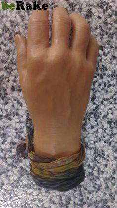 Vendo Vendo mano, ideal para gastar bromas, parece de verdad tiene la misma textura y color......