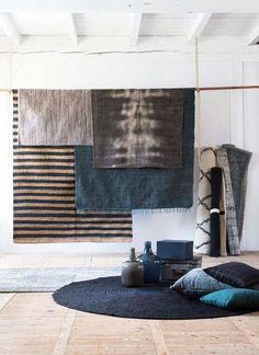KARWEI | Een vloerkleed brengt warmte, sfeer en comfort in huis. Om één geheel te creëren kun je accessoires binnen hetzelfde kleurenpalet kiezen. #woonwekenbijkarwei