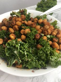I absolutely adore this side salad recipe. The crunchy curry spiced chickpeas perfectly accompany the fresh crunchy kale and the dressing pulls all the flavours together. Jerusalem Artichoke Soup, Side Salad Recipes, Crispy Chickpeas, Curry Spices, Vegetarian Protein, Coconut Yogurt, Chickpea Salad, The Fresh, Vegetables