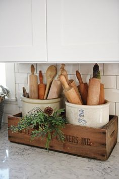 Charming Farmhouse Kitchen DIYs - One Crazy House Don't you love the rustic charm of a farmhouse kitchen? And you know how much we enjoy home projects, so we've put together our favorite farmhouse kitchen DIYs to make your space Rustic Kitchen, New Kitchen, Kitchen Dining, Primitive Kitchen, Copper Kitchen, Awesome Kitchen, Old Farmhouse Kitchen, Primitive Country, Kitchen Country