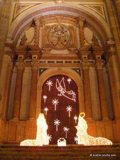http://azahar-sevilla.com/photos/wp-content/uploads/2012/02/malaga-christmas-2009-26.jpg