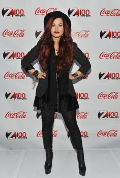 Demi Lovato Photo - Z100 & Coca-Cola All Access Lounge At 2011 Jingle Ball {hair & rockin' outfit = loveee it!!}