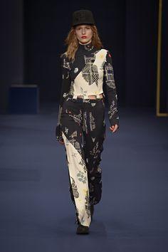 5th look of the lala Berlin AW16 collection at Copenhagen Fashion Week. #lalaberlin #aw16 #lalaberlinaw16 #catwalk #runway #cphfw #copenhagenfashionweek #cph #copenhagen #fashion #style #autumnwinter