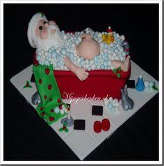 Funny Christmas Cakes Cake Ideas and Designs Christmas Themed Cake, Christmas Cakes, Fondant Cakes, Cupcake Cakes, Santa Cake, Best Cake Ever, Dragon Cakes, Funny Cake, Cake Wrecks