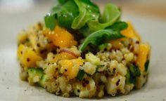 Insalata fredda di quinoa ananas e menta, drenante