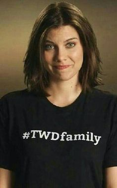 Pay the woman. Lauren Cohan, The Walking Dead Español, Walking Dead Zombies, Glenn Y Maggie, Top Tv Shows, Maggie Greene, Stuff And Thangs, Daryl Dixon, Best Shows Ever