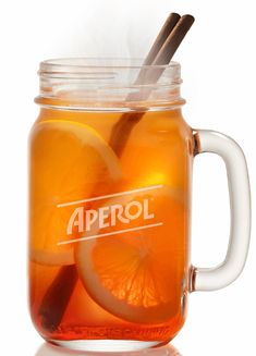 Hot Aperol: The recipe for the trend drink in winter - Essen Trinken - Drinks and Cocktails Healthy Eating Tips, Clean Eating Snacks, Healthy Drinks, Winter Drink, Winter Food, Halloween Cocktails, Winter Cocktails, Foie Gras Cru, Pina Colada