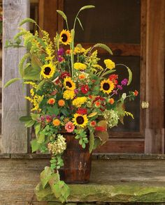 Tall loose fall flower arrangement with sunflowers Country Flower Arrangements, Sunflower Floral Arrangements, Sunflower Centerpieces, Beautiful Flower Arrangements, Wedding Arrangements, Wedding Centerpieces, Candle Arrangements, Tall Centerpiece, Wedding Decorations