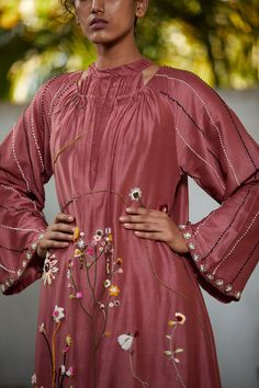 #handembroidered #threadrwork #handmade #dress #fashion #indiandesignerwear #womenswear #style #madeinindia #clothingbrand #designerwear #dresses #onlineshopping #onlinestore #ootd #dressing #trending #traditional #ethnic #indianattiers #weddingwear #indianoutfits #loveforshopping #indiandesignerdresses #womensfashion #lehangas #croptops Indian Fashion Dresses, Indian Outfits, Dress Fashion, Dress Sites, Desi Wear, One Piece Dress, Indian Designer Wear, Wedding Wear, Gold Jewellery