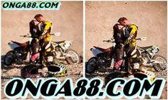 무료머니 ♥♥♥ONGA88.COM♥♥♥ 무료머니: 꽁머니  ♦️♦️♦️ONGA88.COM♦️♦️♦️ 꽁머니 Motocross Wedding, Motocross Couple, Motocross Quotes, Motocross Baby, Bike Couple, Motocross Photography, Cute Couples Photography, Bike Photography, Biker Love