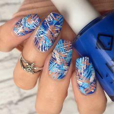 Textured Nail Art / Click link below this photo for full description - ©-ig: @ldnailsxo
