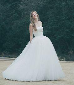 ウェディングドレス | ドレスベネデッタ | Wedding dress No. DBW-112