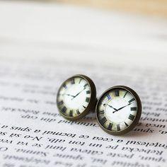 Clock Stud Earrings - Watch Earrings Stud - Tiny Ear Studs - Clock Earrings - Everyday Earrings - Minimalism- Modern Stud Earrings