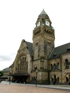 Railway station, Metz, France by j.labrado, via Flickr  How great is that for a railway station?!