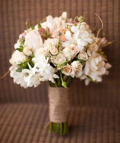 Lisianthus Bouquet Flowers: Lisianthus | Ranunculus | Star of Bethlehem | Tuberose