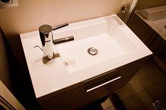 57 beste afbeeldingen van badkamer corian medical science en medicine
