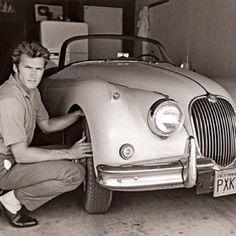 Clint Eastwood and Jaguar XK 150 Roadster. https://goachi.leadpages.net/magazine/