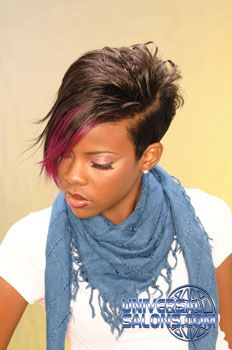Love the way this scarf is tied!