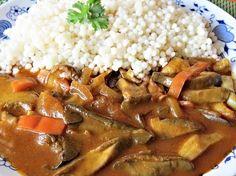 Houbový perkelt Czech Recipes, Goulash, Stuffed Mushrooms, Food And Drink, Menu, Rice, Cooking Recipes, Vegetarian, Chicken