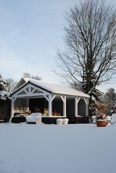 Winterview outdoor kitchen