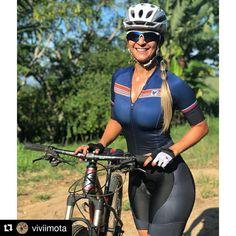 """1,393 Likes, 11 Comments - Pedal Livre (@pedallivrefotos) on Instagram: """"#Repost @viviimota (@get_repost) ・・・ Hj teve pedal #50km @vitorflorespassos  e galerão q Feliz…"""""""